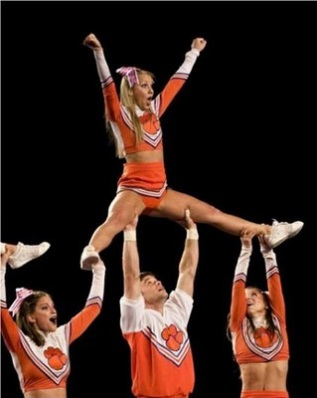 idegue-network.blogspot.com - Foto Lucu Para Cheerleader 18 ++